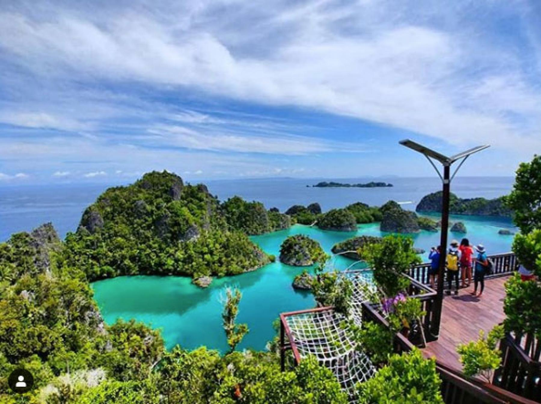 [6D5N] Let's Explore Raja Ampat – Wayag starting at Indonesia