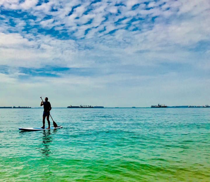Let's learn paddleboarding at East Coast Park!
